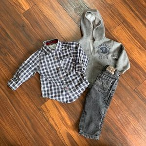 Winter plaid outfit combo